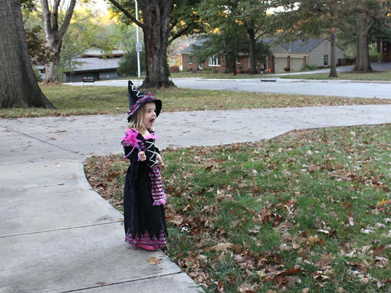 halloween-ellie