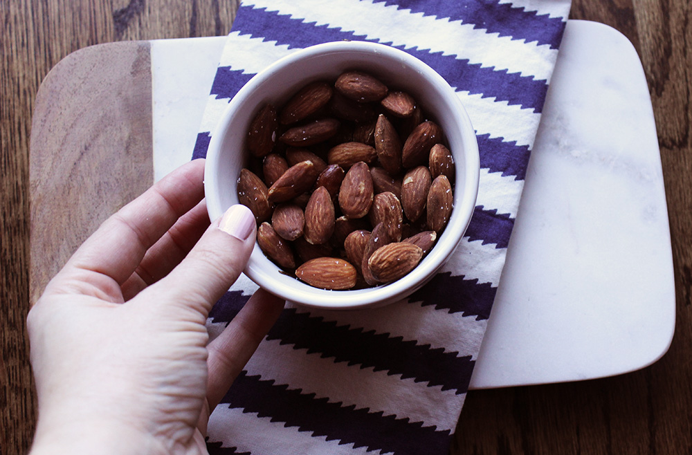 almonds to-go