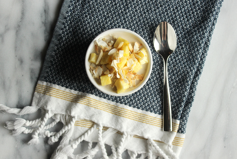 Tropical Overnight Oats - Missalaneyus