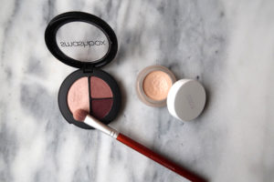 smashbox eye shadow rms luminizer