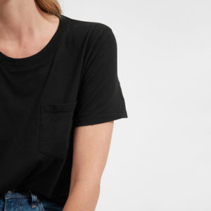 everlane box pocket t-shirt