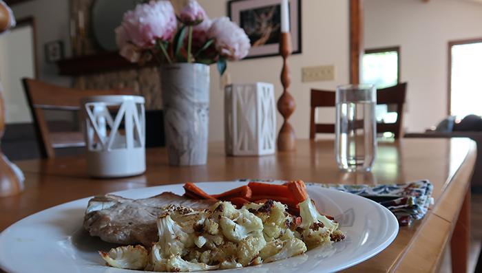 4 ingredient side cheddar cauliflower